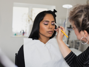 Fashion and bridal makeup course